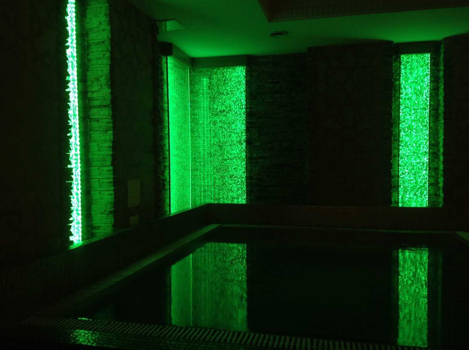 Пузырьковая панель для бассейнов и спа
